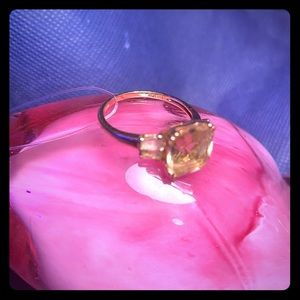 14k gold ring. Size 9 weight 3.52